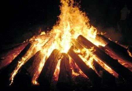 svg royalty free download Bonfire clipart bhogi. Festival tirumala tirupati yatra