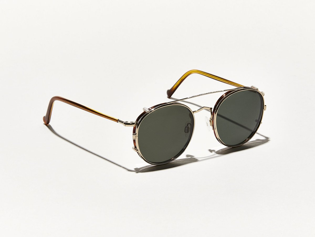 banner freeuse stock Clip glasses. Zev