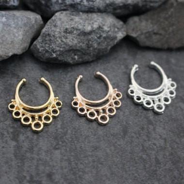 freeuse stock Kotoria Fake Septum Ring