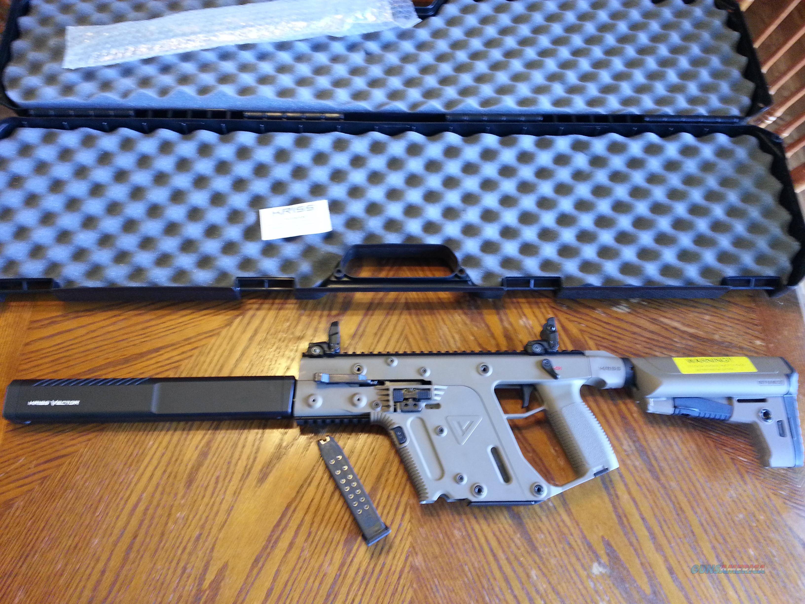 clip freeuse stock Vector carbine 23 glock. Kriss crb g gen.