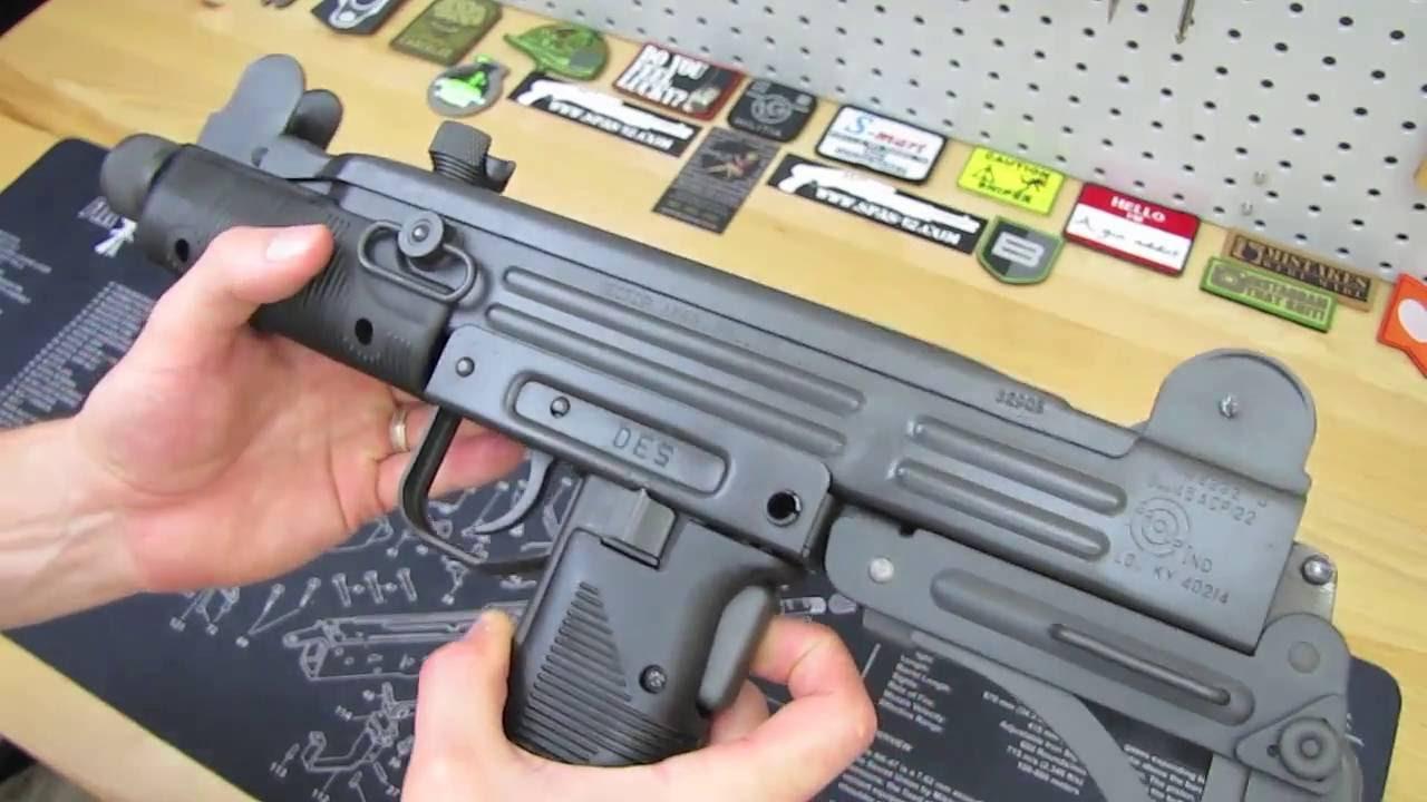 clip art stock Mm overview . Vector carbine uzi